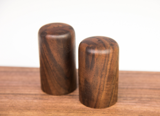scrap wood salt and pepper shaker
